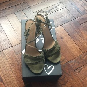 NWOT!!  Banana Republic olive suede sandals